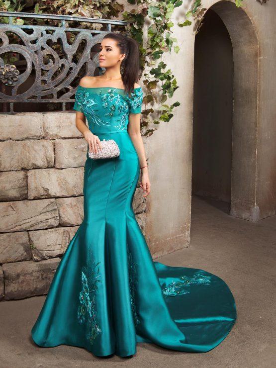 Вечернее платье русалка расшитое со шлейфом