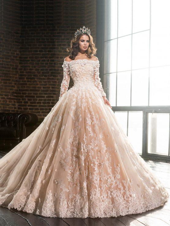 Кружевное пышное свадебное платье с рукавами от Love Bridal
