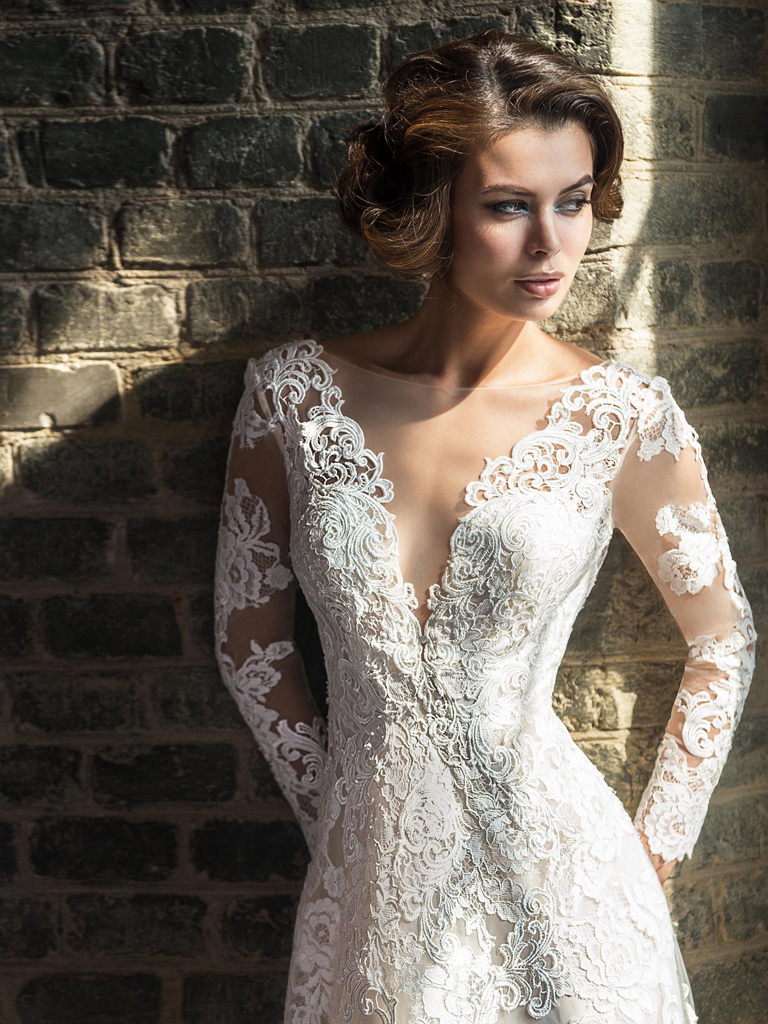 Кружевное свадебное платье с рукавами от Love Bridal