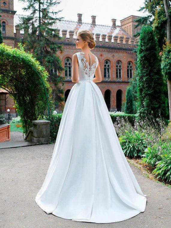 Свадебное платье закрытое микадо