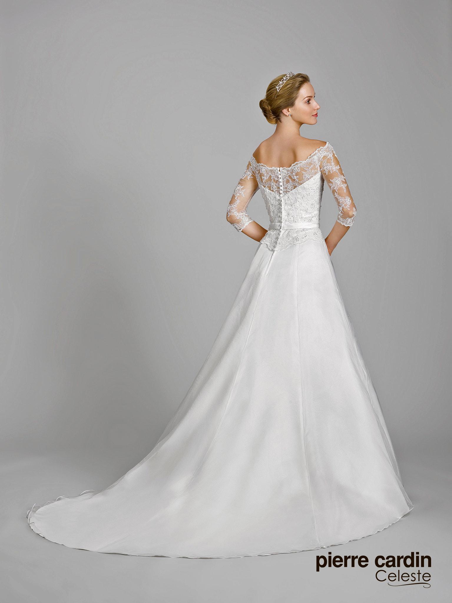 ab28f7f5949 Купить свадебное платье Pierre Cardin в Москве - Свадебный торговый ...