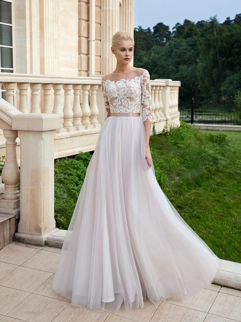 Воздушное свадебное платье с рукавами и кружевом от Olga Sposa