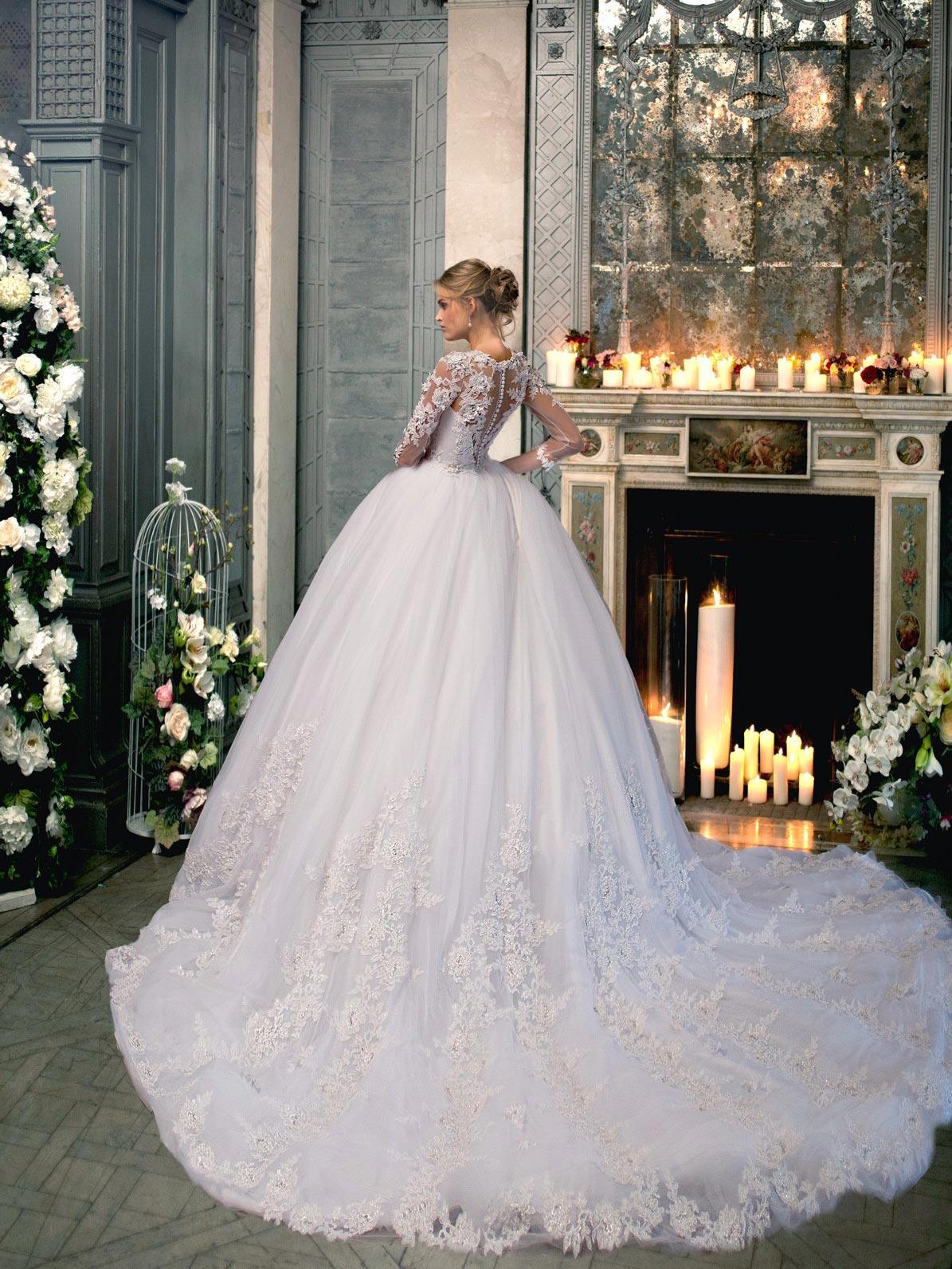 Пышное кружевное свадебное платье Даниэлла от Svetlana Lyalina